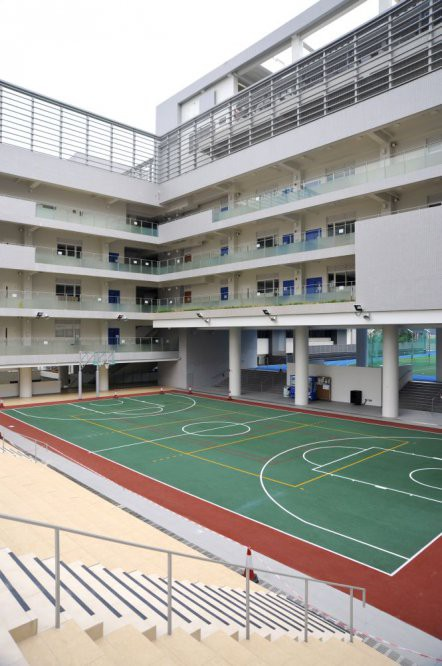 outdoorbasketballcourt001